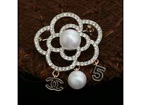 Beautiful! Chanel Crystal Camelia Pearl Brooch Brand New