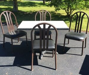 Set up your own Cafe! Classic Coffee Shop Tables & Chairs