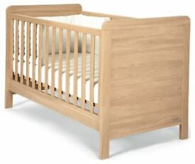 Mamas and Papas Cot / Toddler bed.