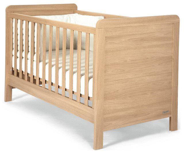 Mamas and Papas Cot / Toddler bed.