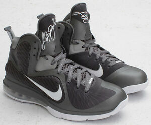 Nike Lebron James IX Cool Grey Metallic Silver size 8.5