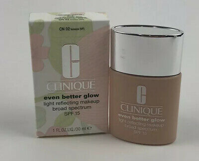 CLINIQUE Even Better Glow Light Reflecting Makeup Foundation CN 02 BREEZE SPF