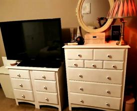 Chest of drawers bedside tables bedroom set