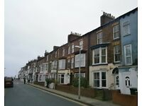*NO AGENCY FEES* RECENTLY REFURBISHED* 2 BED FLAT* GAS CENTRAL HEATING* WHITE GOODS*
