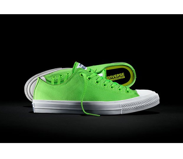 CONVERSE Chuck Taylor All Star II Ox Sneakers - UK 12 - Neon - Excellent - BNIB