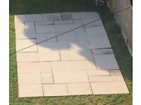 Bradstone ivory sawn natural sandstone mixed size paving pack. 15sqm.