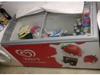 Walls Ice-cream freezer (No baskets)
