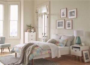 NEW FREEDOM FURNITURE FRIEDA QUEEN BEDROOM PACKAGE Sefton Bankstown Area Preview