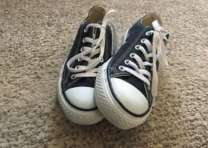 Brand new converse women's size 7