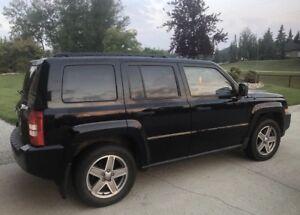2007 Black Jeep Patriot