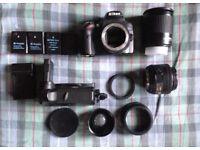 Nikon DSLR + EXTRAS (D3200)
