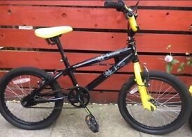 "Avigo Halfords 18"" bike"