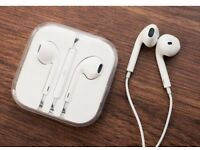 JOBLOT of Apple Style Earphones / Headphones / Head Phones with Remote Mic for iPhone 4 5 6 6s