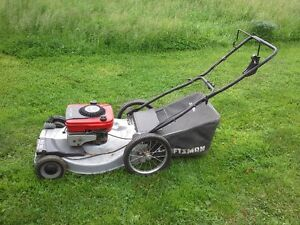 Craftsman 5.0HP 22 inch self-propelled mower with bagger
