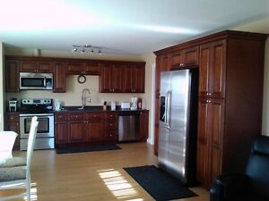 FOR RENT -91 Drake Avenue - 5 bedroom/ 3 Bath fully furnished