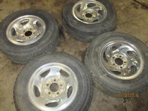 ford wheels 235 / 70 R16 tires