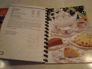 Set of 4 Recipe Books - Great shape  $4.00 for all 4 Kitchener / Waterloo Kitchener Area image 8