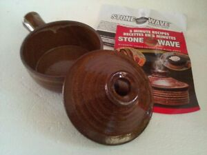 Stoneware Croc pot soup dish serving dish Brand new with tags