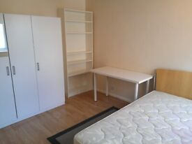 Double Room, CLEAN house, incl BILLS, INTERNET. Colindale Tube station Northern Line, Middlesex Uni