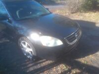 Selling a 2003 Nissan Altima 3.5 SE