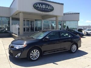 2012 Toyota Camry XLE / NAV / LEATHER / QUICK & EASY FINANCING !