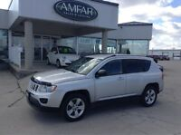 2011 Jeep Compass 4X4 / HEATED SEATS / QUICK & EASY FINANCING !!