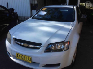 WRECKING VE OMEGA SS BOOT SPOILER HERON WHITE 679F Kingswood Penrith Area Preview