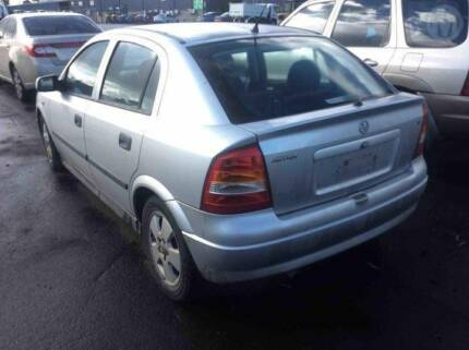 Wrecking 2017 holden astra wrecking gumtree australia hume area holden astra ts wrecking all parts fandeluxe Image collections