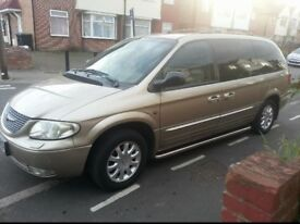 Chrysler grand voyager 2.5 diesel very clean