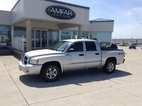 2007 Dodge Dakota 4x4 / CREW CAB / QUICK & EASY FINANCING !!!
