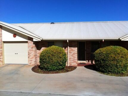 MODERN UNIT FOR SALE KINGAROY Kingaroy South Burnett Area Preview