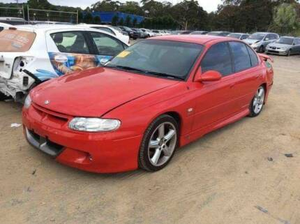 WRECKING OR WHOLE VT R8 HSV CLUBSPORT LOW KMS 6SPEED MANUAL Morisset Lake Macquarie Area Preview