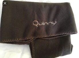 Quinny fleece blanket