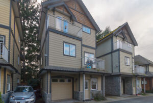 105-2645 Millstream Rd-OPEN HOUSE SAT - Fully Detached Townhouse