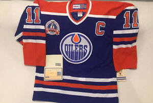 AUTOGRAPHED MARK MESSIER OILERS JERSEY