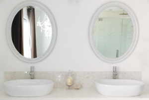 $100 pour 2 miroirs blancs /White Oval Mirrors- Brossard Dix30