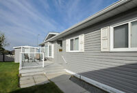 Bright and Modern 3 Bedroom - MOBILE - 3230 29 Street S
