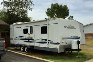 27' Wilderness pull behind Travel Trailer