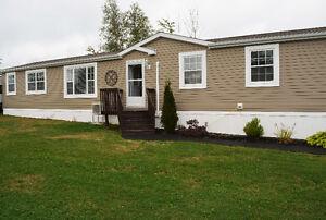 Mini-home for sale/ Maison mobile a vendre