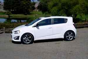 2013 white chevy sonic hatchback