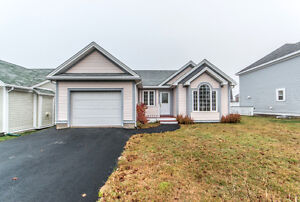 SOLD - Beautiful Bungalow in Clovelly Trails