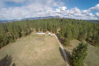 PRIVATE ACREAGE 20 MINUTES TO KELOWNA