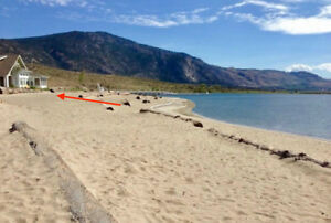 Beach House Osoyoos, lakefront vacation house rental