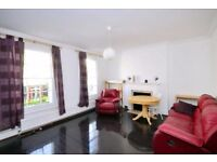SPACIOUS 4 BED FLAT IN CENTRE OF LONDON - IDEAL FOR GROUP OF FRIENDS