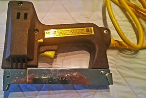 Arrow Electric Staple Gun ETN-50 West Island Greater Montréal image 1
