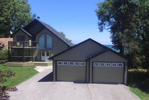 JUST LISTED - STUNNING LAKEFRONT RETREAT IN LEAMINGTON