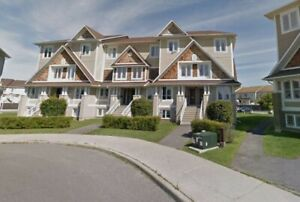 TOWNHOUSE FOR RENT IN AVALON, ORLEANS