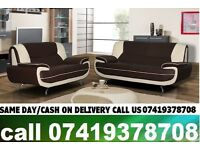 50 % OFF SALEBLACK AND WHITE KEROL 3 AND 2 SEATER LEATHER SOFA