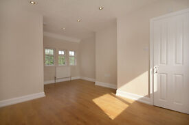 Large 3 Bed Flat close to center of Abingdon