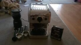 Dualit 3 in 1 coffee machine, barely used!